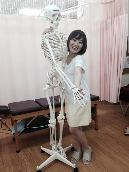 フリーアナウンサー シンガー 廣木弓子 オフィシャルサイト K-MIX 骨