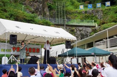 フリーアナウンサー シンガー 廣木弓子 オフィシャルサイト K-mix 2016 竜ヶ岩洞 司会 3
